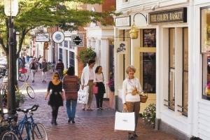Downtown Nantucket is just a short drive, walk, or bike ride away from Villa NAN NEW.